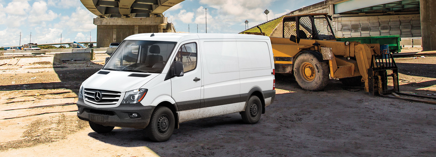 http://assets.mbvans.com/c_scale,w_1400/dist/images/sprinter/product_highlights_WORKER_VAN_2x.jpg