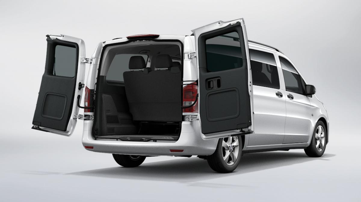 Folding Doors (Rear Doors - Passenger Van) & Metris Passenger Van Features | Mercedes-Benz Vans Pezcame.Com
