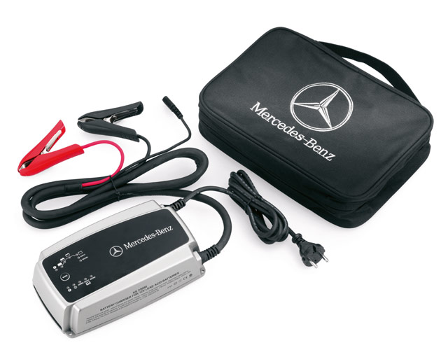 Mercedes-Benz Battery Trickle Charger with Maintenance Function